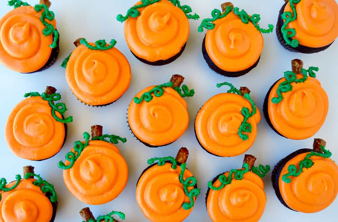halloween-cupcakes-photo